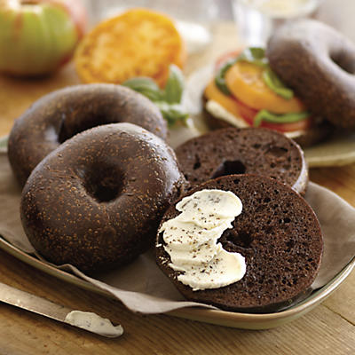 Davidovich Bakery Pumpernickel Bagels